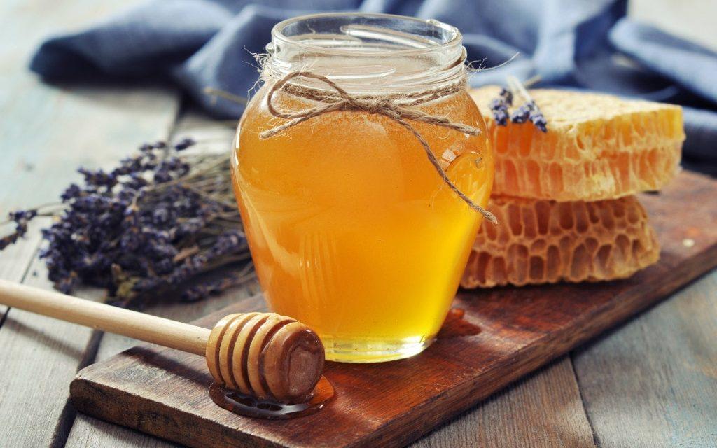 Allah a fait du miel une guérison pour les gens