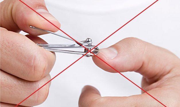 Celui qui égorge pour le Aïd ne doit couper ni ses ongles ni ses cheveux